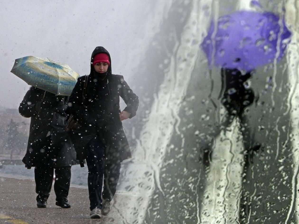 Καιρός: Κακοκαιρία με βροχές και καταιγίδες
