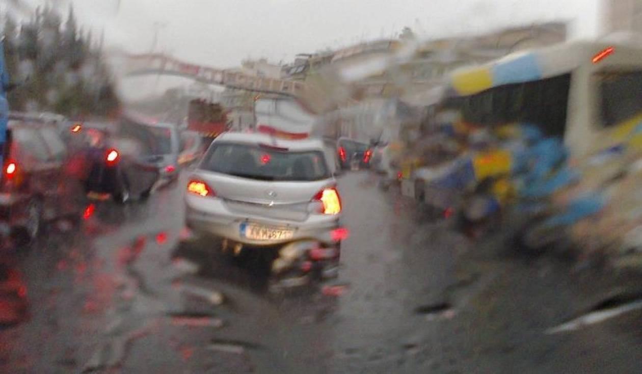 Κυκλοφοριακό χάος λόγω κακοκαιρίας