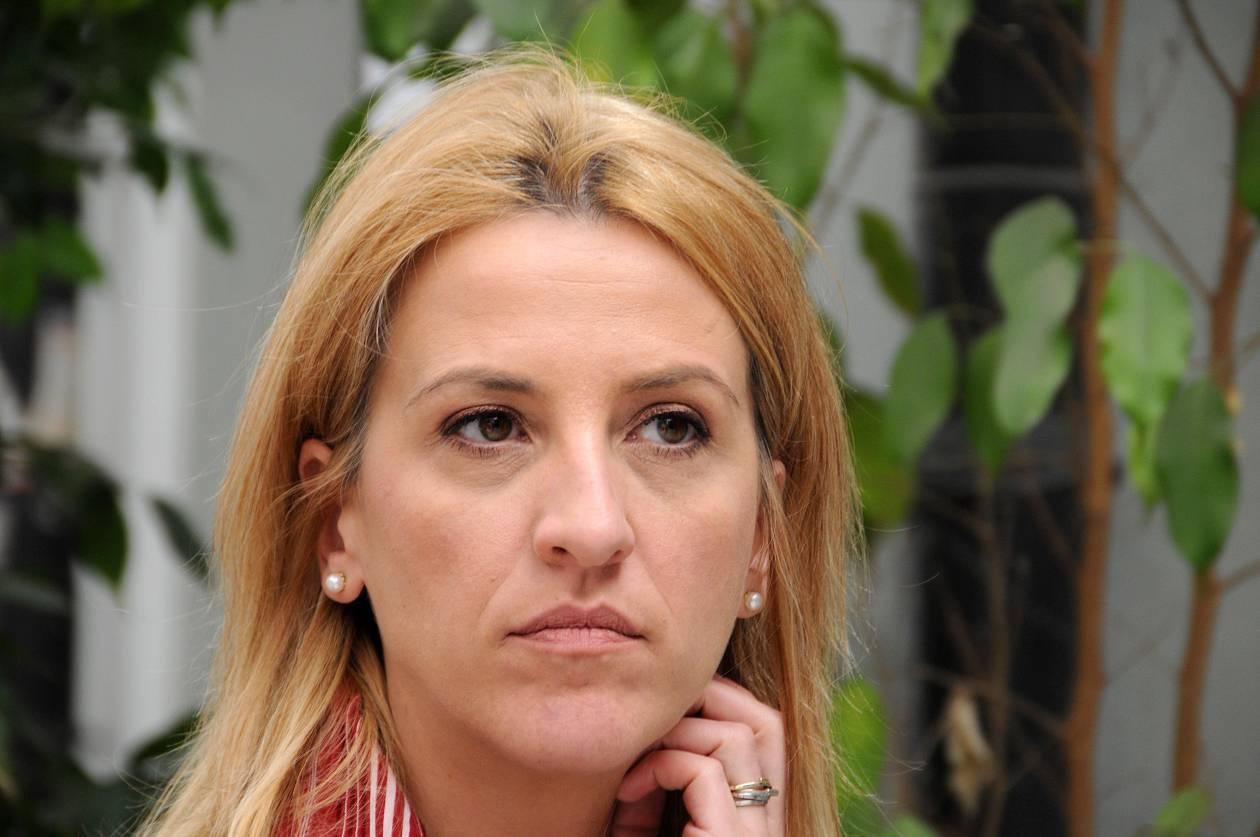 Ρένα Δούρου: Οι πολίτες δοκιμάζονται για πολλοστή φορά