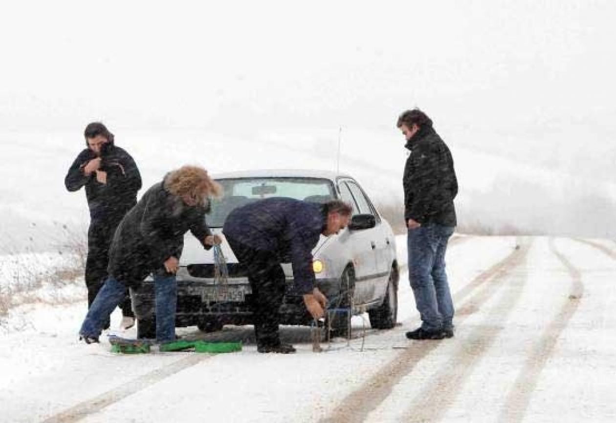 Χιόνια στην Δυτική Μακεδονία - Πού χρειάζονται αλυσίδες