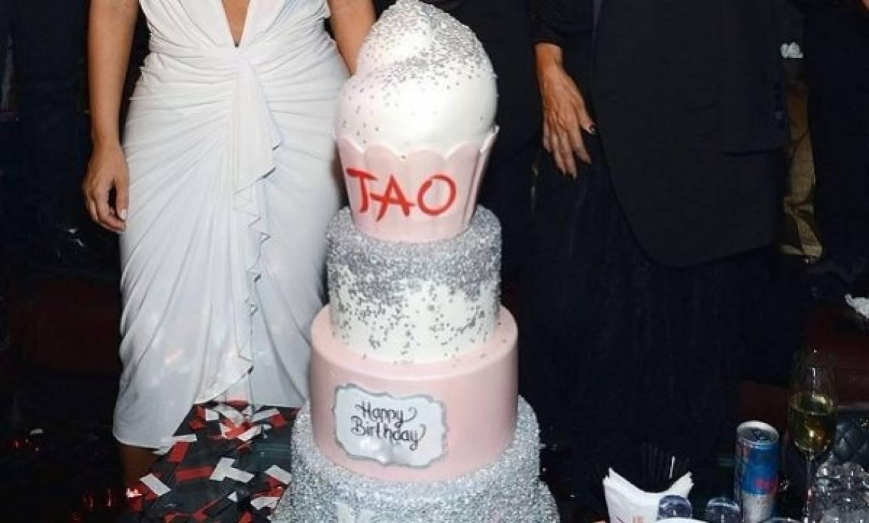 Δείτε πώς γιόρτασε τα γενέθλια της διάσημη μανούλα!