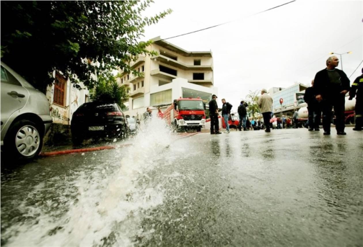 Επίδομα 586,94 στους πλημμυροπαθείς της Αττικής