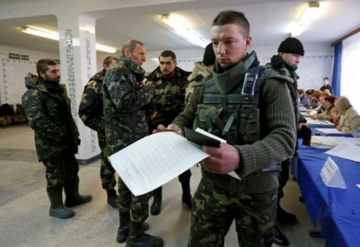 Ρωσικός τύπος: «Επιφύλαξη» για τη νίκη των φιλοδυτικών στις ουκρανικές εκλογές
