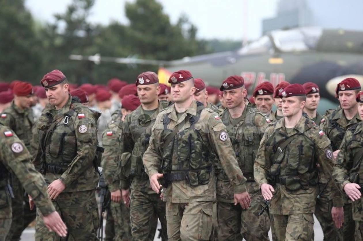 Βαρσοβία: Ενισχύει τις στρατιωτικές δυνάμεις της στα ανατολικά σύνορά της