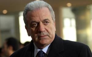 Κλείνει τις εκκρεμότητες στο Πεντάγωνο ο Δ. Αβραμόπουλος
