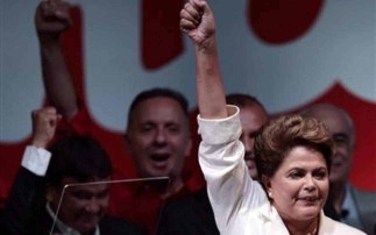Βεβαιότητα για οικονομική ανάκαμψη της Βραζιλίας από τη Ρούσεφ