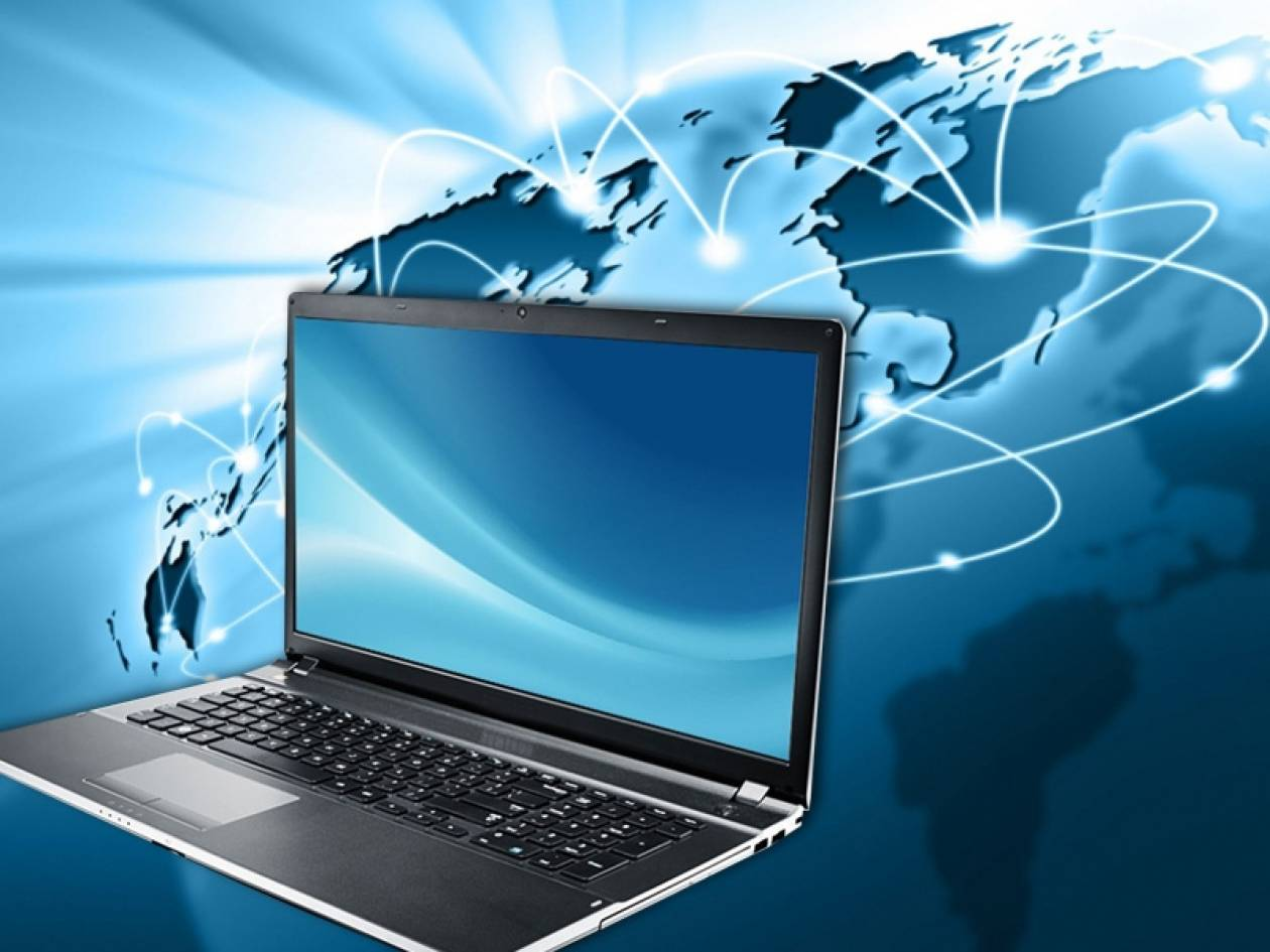 Κοινωνικό μέρισμα: Όσα πρέπει να ξέρετε για δωρεάν laptop, tablet και internet