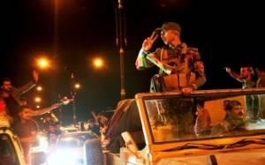 Συρία: Πεσμεργκά κατευθύνονται στην πόλη Κομπάνι