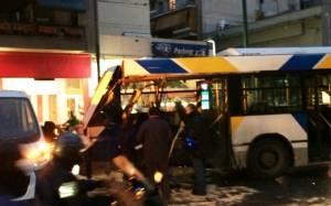 Τροχαίο με λεωφορείο κοντά στην πλατεία Κολιάτσου-Δύο τραυματίες