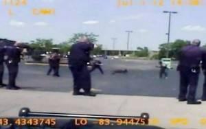 Λευκοί αστυνομικοί πυροβόλησαν 46 φορές μαύρο άστεγο στο Μίσιγκαν!