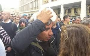 Επεισόδια με τραυματίες ανάμεσα σε διαδηλωτές και αστυνομία στη Ρώμη