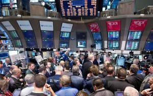 Με μικρή πτώση έκλεισε η Wall Street