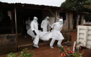 ΠΟΥ: Αμετάβλητος ο αριθμός των νεκρών από τον Έμπολα