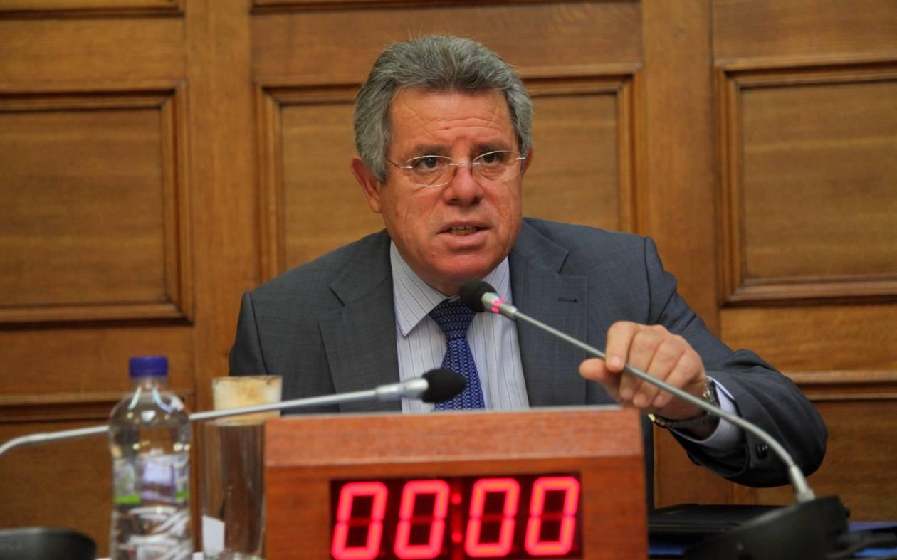 Βλάχος: Ο Καραμανλής δεν θα πιέσει βουλευτές για την εκλογή Προέδρου