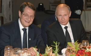 Ανοιχτή πρόσκληση Πούτιν σε Αναστασιάδη