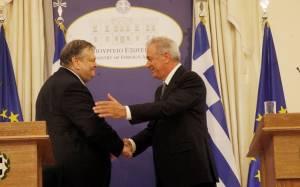 Βενιζέλος: Ώριμος και πανέτοιμος για την Κομισιόν ο Δ.Αβραμόπουλος