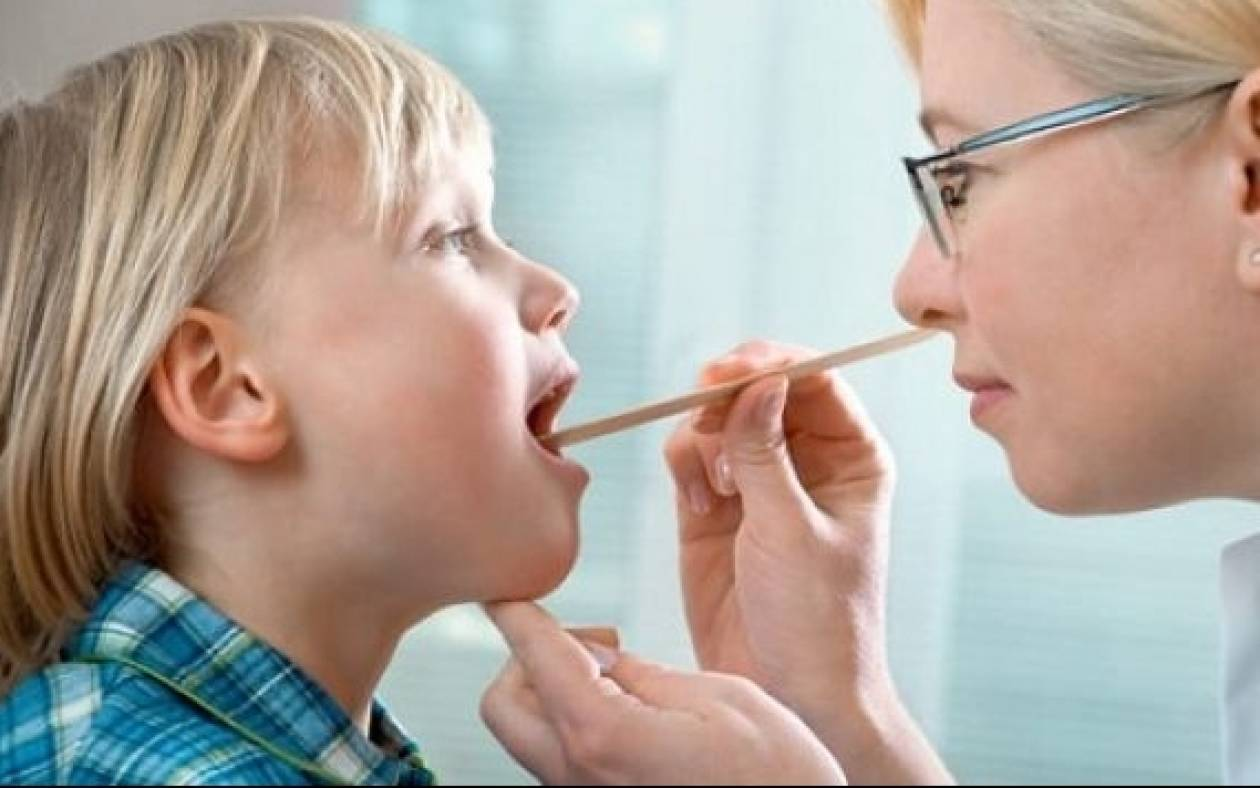 Πότε ένα παιδί πρέπει να βγάλει τις αμυγδαλές του