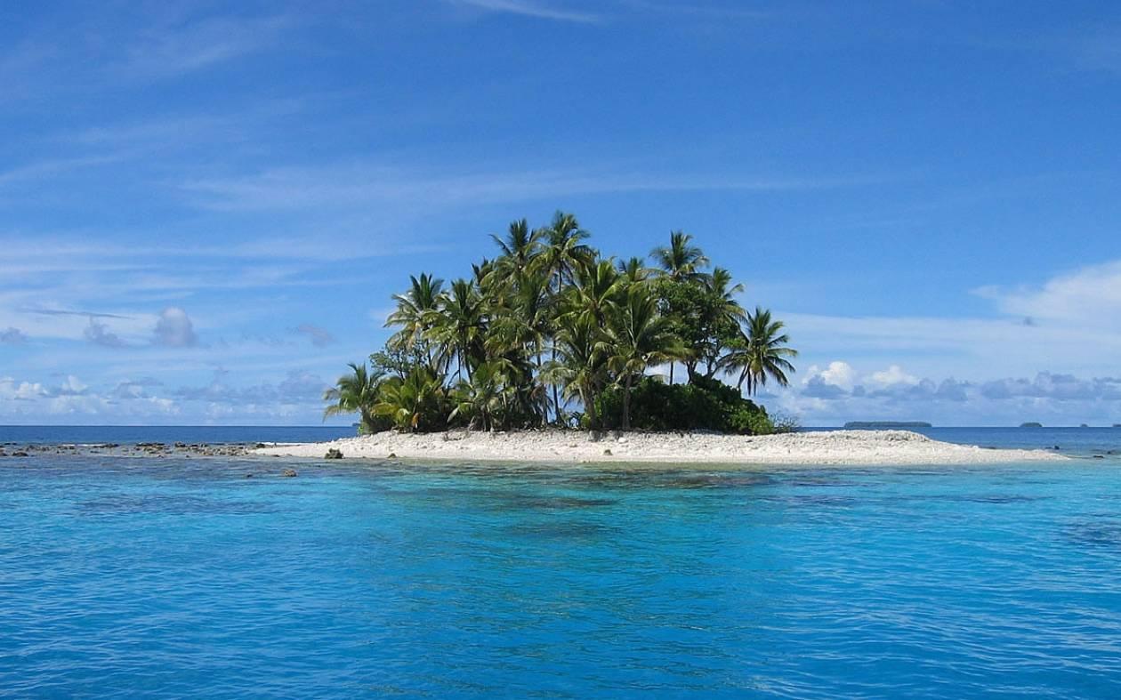 Ο Τάκης, η Κατίνα και το νησί...