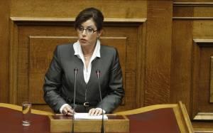 Ασημακοπούλου: Άνανδρη πράξη η βεβήλωση του μνημείου του Ολοκαυτώματος