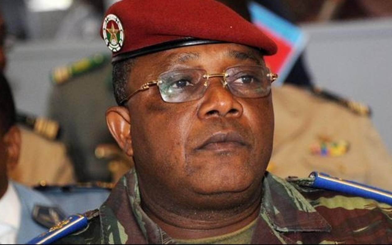 Μπουρκίνα Φάσο: Ο στρατηγός Τραορέ αναλαμβάνει καθήκοντα προέδρου
