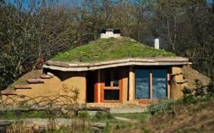 Οικολογικό σπίτι… Χόμπιτ με μόλις 500 ευρώ! (photos)