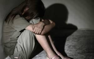 Αθωώθηκε δημοτικός υπάλληλος για αποπλάνηση ανήλικου