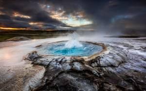 Ατμοσφαιρικές λήψεις στις θερμές πηγές της Ισλανδίας