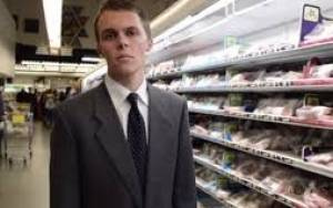 Χορτοφάγοι κήδεψαν καταψυγμένο κοτόπουλο σε σούπερ μάρκετ (video)