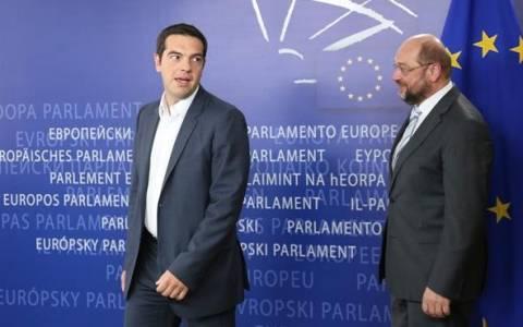 Εκλογές 2015 - Τεράστια επιτυχία είπε ο Σουλτς στον Τσίπρα: Ερχεται στην Αθήνα