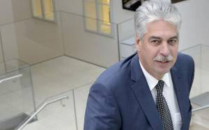 Σέλινγκ: Η νέα ελληνική κυβέρνηση δεν θα μπορέσει να τηρήσει τις υποσχέσεις της
