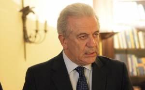 Europolitics: Φήμες για αποχώρηση Αβραμόπουλου- Σενάρια για ΠτΔ