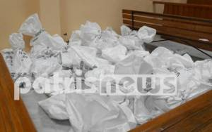Εκλογές 2015: Κοιμήθηκε αντί να παραδώσει το εκλογικό υλικό