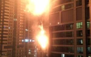 Στις φλόγες ο ουρανοξύστης Torch Tower στο Ντουμπάι (videos+vine)