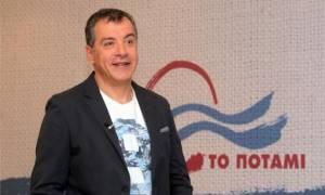 Ενεργοποίηση της «Ώρας Πρωθυπουργού» ζητά ο Θεοδωράκης