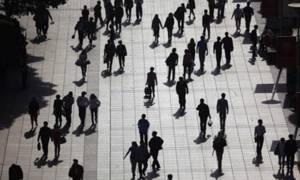 Έρευνα ΟΟΣΑ: Οι Έλληνες δεν είναι ικανοποιημένοι από τη ζωή τους