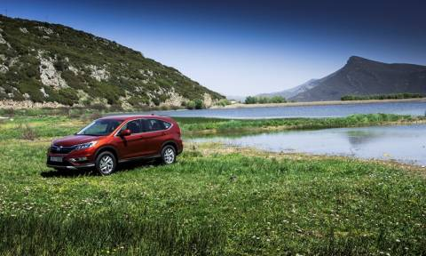 Honda: To CR-V ανανεώθηκε στα σημεία (photos & video)