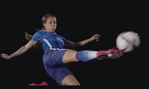 Τώρα και γυναικείο ποδόσφαιρο στο FIFA 16