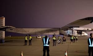 Το Solar Impulse 2 προσγειώθηκε στην Ιαπωνία… λόγω κακοκαιρίας