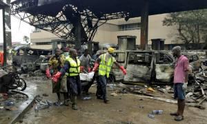 Γκάνα: 150 νεκροί από την έκρηξη σε πρατήριο καυσίμων στην Άκρα