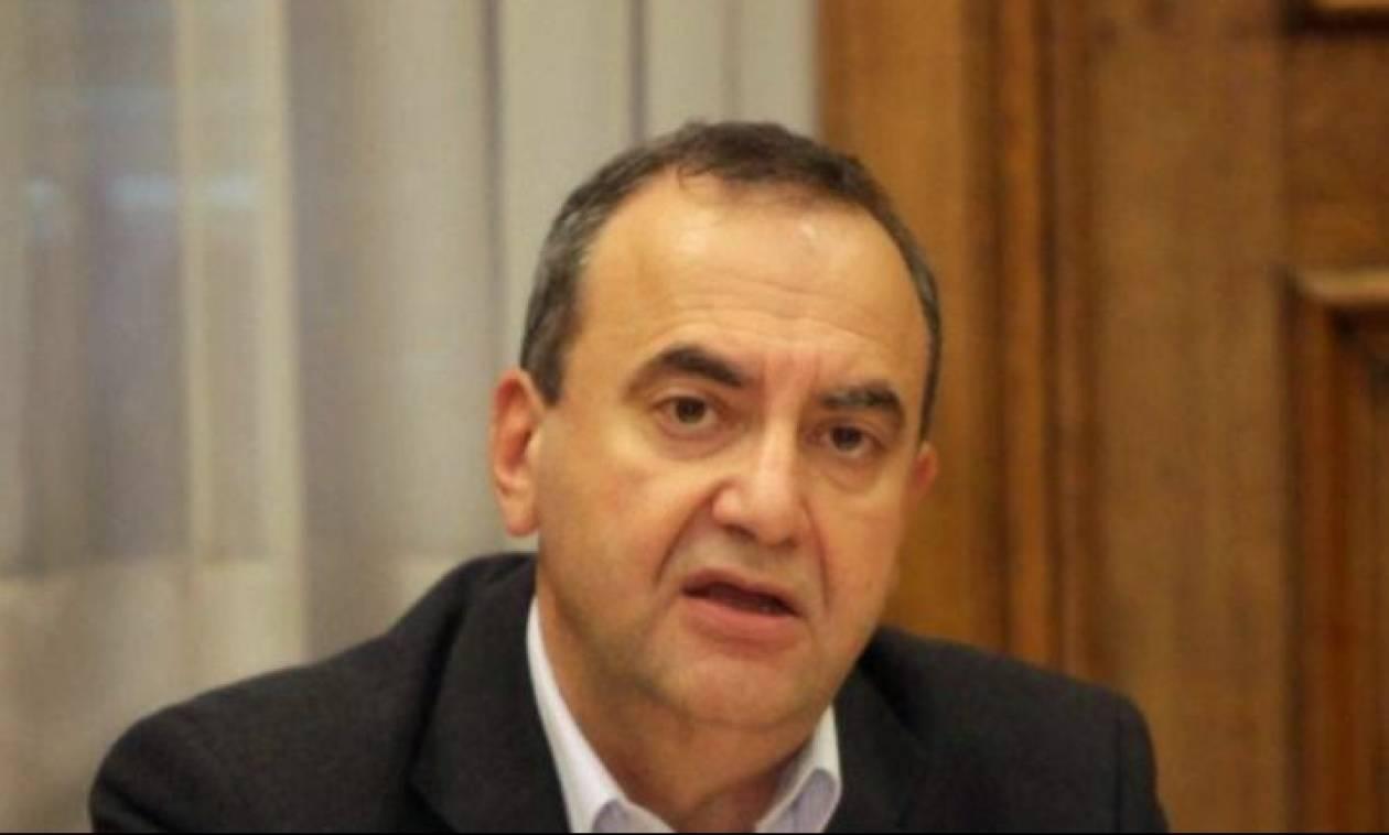 Στρατούλης: Οι δανειστές ζητούν συντάξεις 300 ευρώ και επικουρικές 30 ευρώ