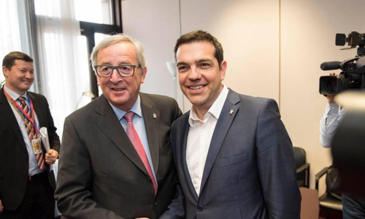 Τσίπρας και Γιούνκερ έδωσαν νέα ώθηση στις διαπραγματεύσεις