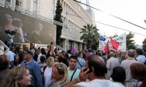 Βαρουφάκης και Μακρή στη γιορτή για την επαναλειτουργία της ΕΡΤ (photos)