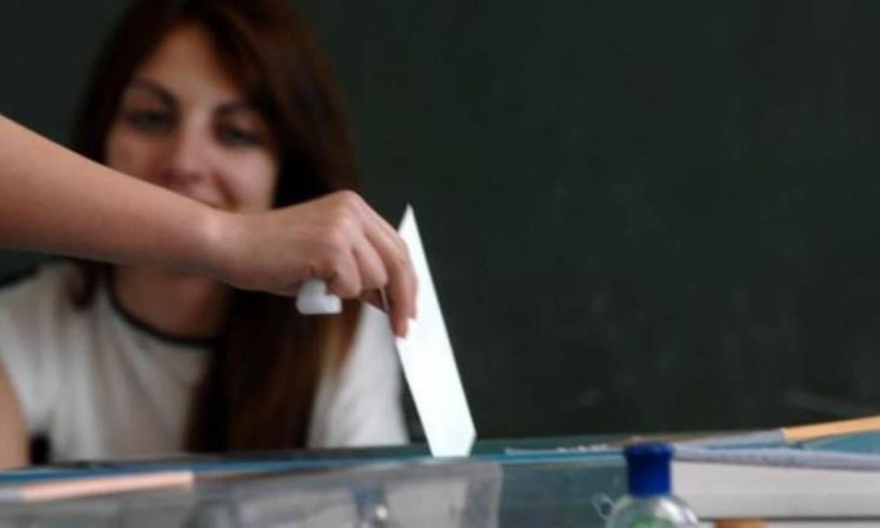 Πού ψηφίζω: 108.000 νέοι θα ψηφίσουν πρώτη φορά στο δημοψήφισμα