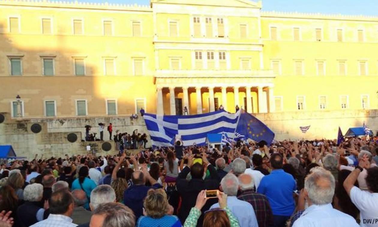 http://cdn1.bbend.net/media/com_news/story/2015/06/30/601853/main/syntagma-oxi.jpg