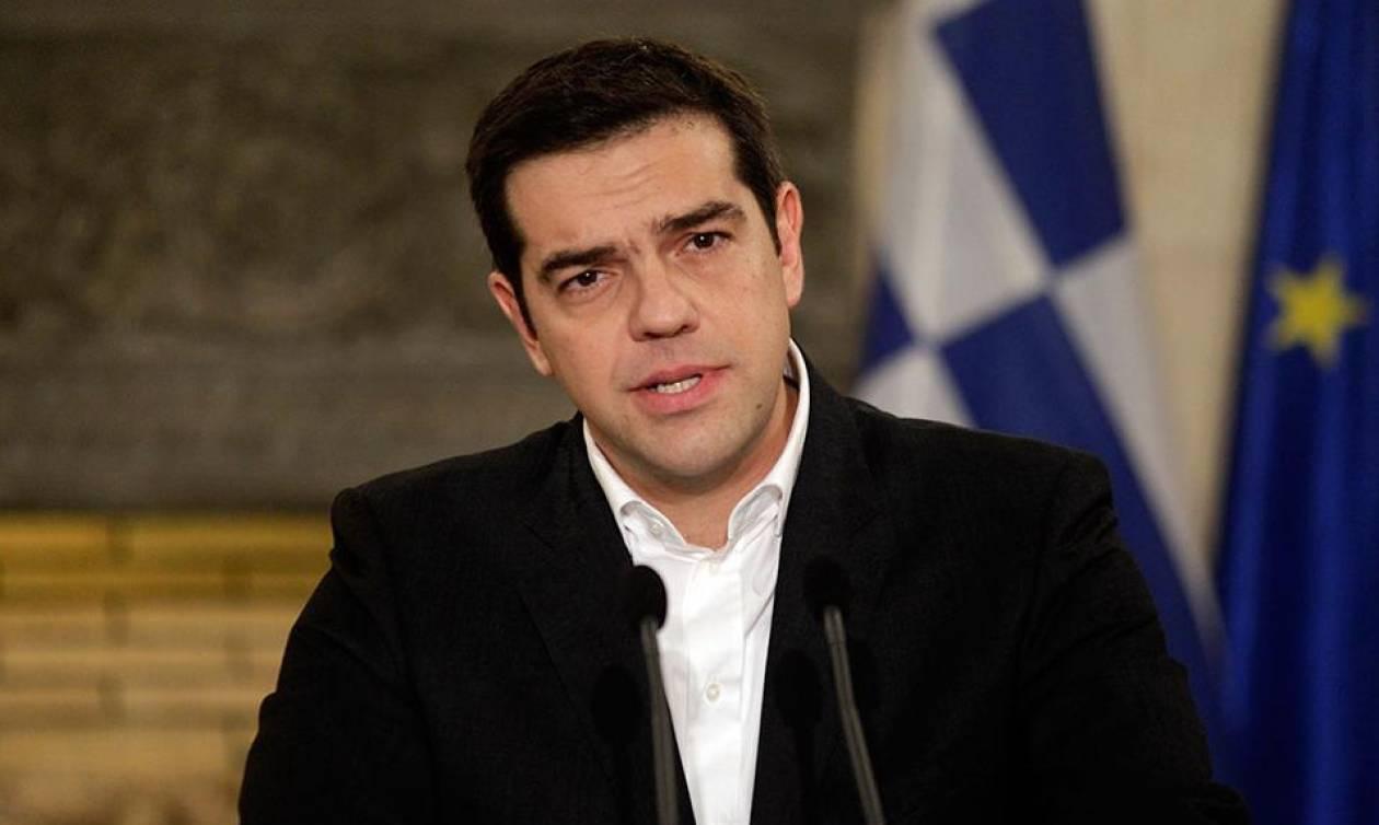 FT: Ο Τσίπρας δέχεται τους όρους των δανειστών, προσαρμοσμένους στη νέα ελληνική πρόταση