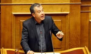 Θεοδωράκης: «Εκστρατεία» υπέρ του «ναι»…