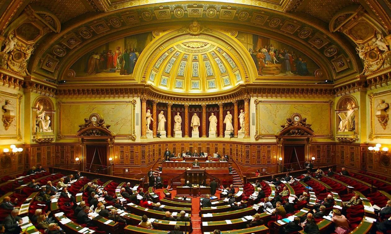 Μνημόνιο - Παρίσι: Υπερψηφίστηκε από το γαλλικό Κοινοβούλιο η συμφωνία Ελλάδας-πιστωτών