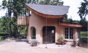 Κατασκευάζεται στο Βόλο το πρώτο σπίτι από αχυροπηλό