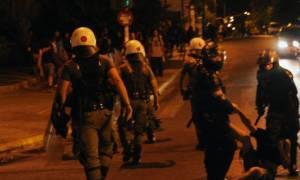 Ξύλο, προσαγωγές και συλλήψεις στον σταθμό Λαρίσης (photos)