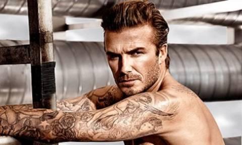 Beckham lovers ενωθείτε: Σας κάνουμε δώρο μια… περιήγηση στα καλύτερα tattoos του David!